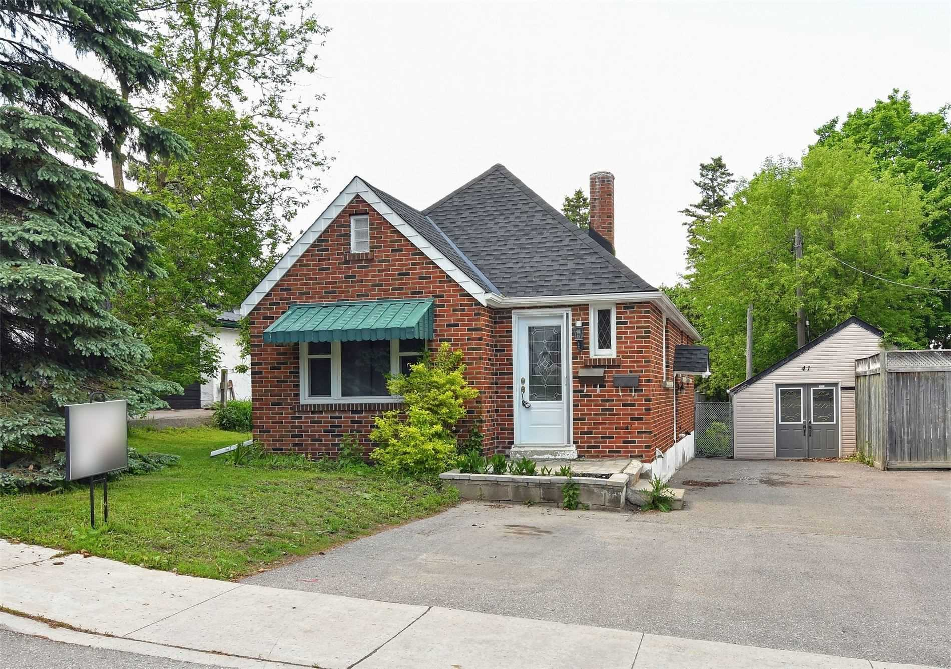 pictures of house for sale MLS: W4695075 located at 41 First Ave, Orangeville L9W1H9