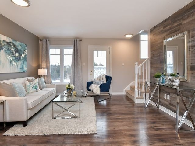 Image 2 of 20 showing inside of 3 Bedroom Att/Row/Twnhouse 2-Storey house for sale at 82 Preston Dr, Orangeville L9W0C9