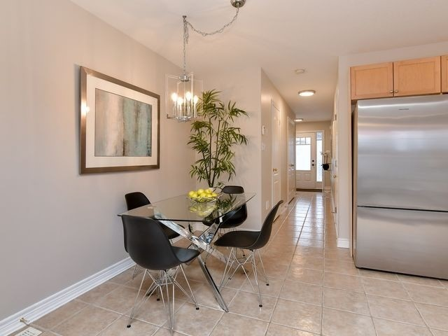 Image 19 of 20 showing inside of 3 Bedroom Att/Row/Twnhouse 2-Storey house for sale at 82 Preston Dr, Orangeville L9W0C9