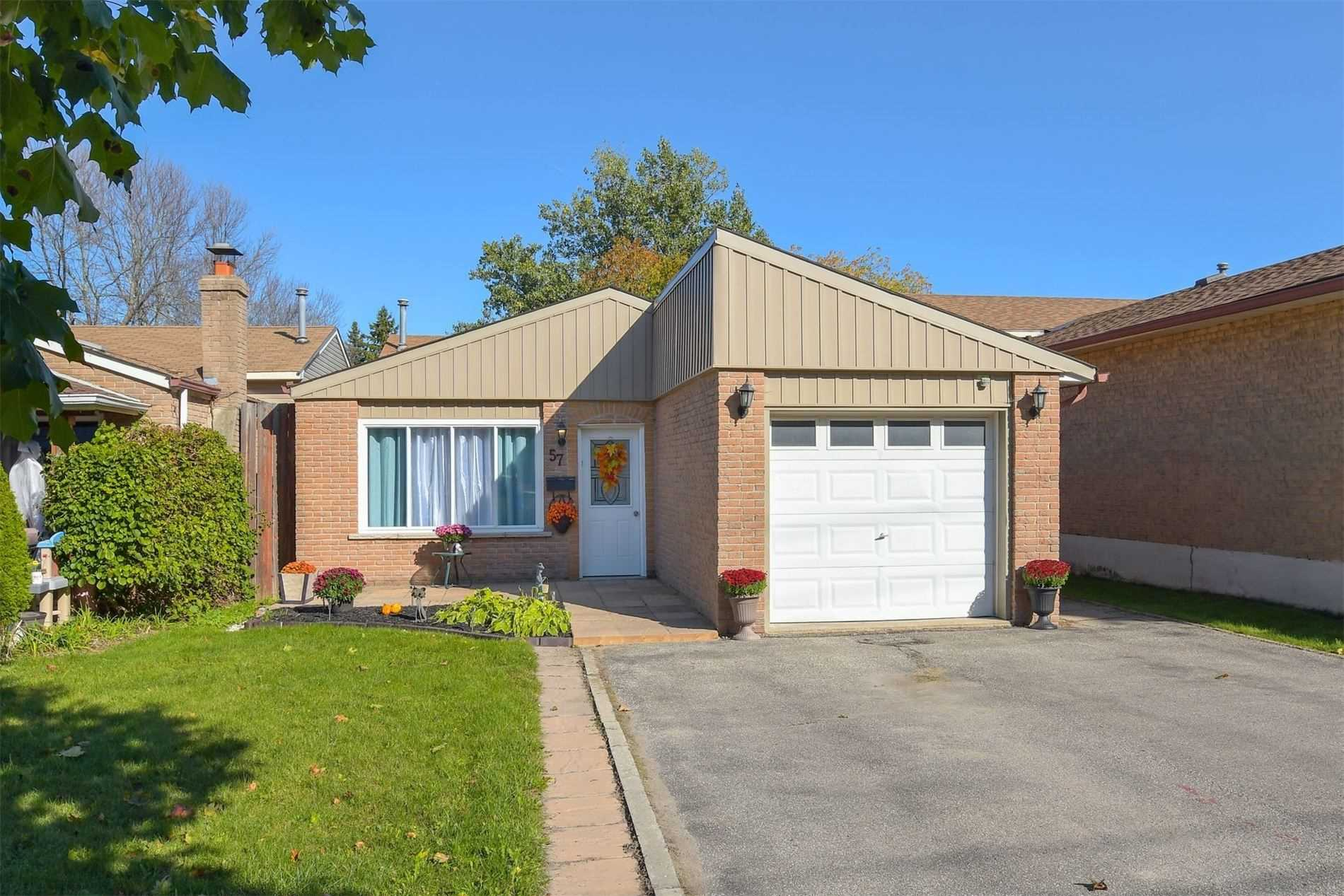 pictures of house for sale MLS: W4695980 located at 57 Second St, Orangeville L9W2C2