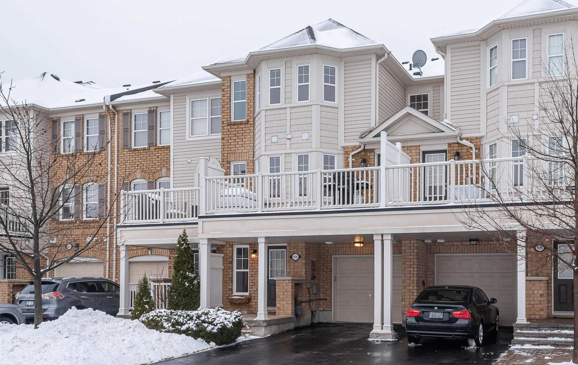 pictures of house for sale MLS: W4696061 located at 916 Ambroise Cres, Milton L9T0M2