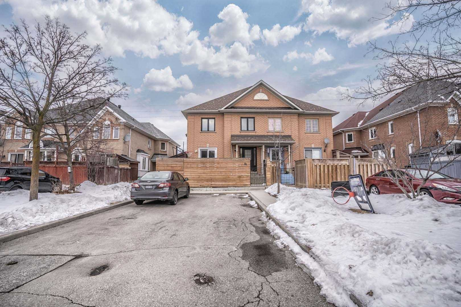 pictures of house for sale MLS: W4697024 located at 81 Desert Sand Dr, Brampton L6R1V6