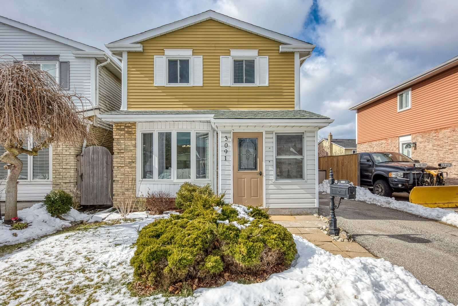pictures of house for sale MLS: W4698125 located at 3091 Driftwood Dr, Burlington L7M1Y1