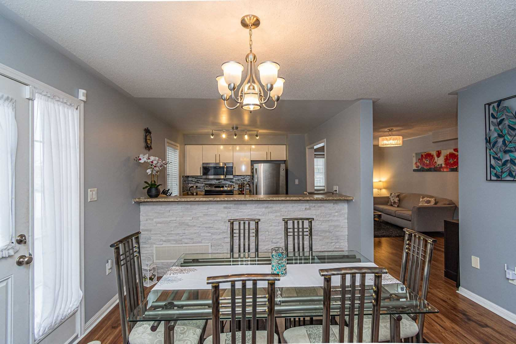 Image 3 of 20 showing inside of 3 Bedroom Att/Row/Twnhouse 3-Storey house for sale at 912 Ambroise Cres, Milton L9T0M2