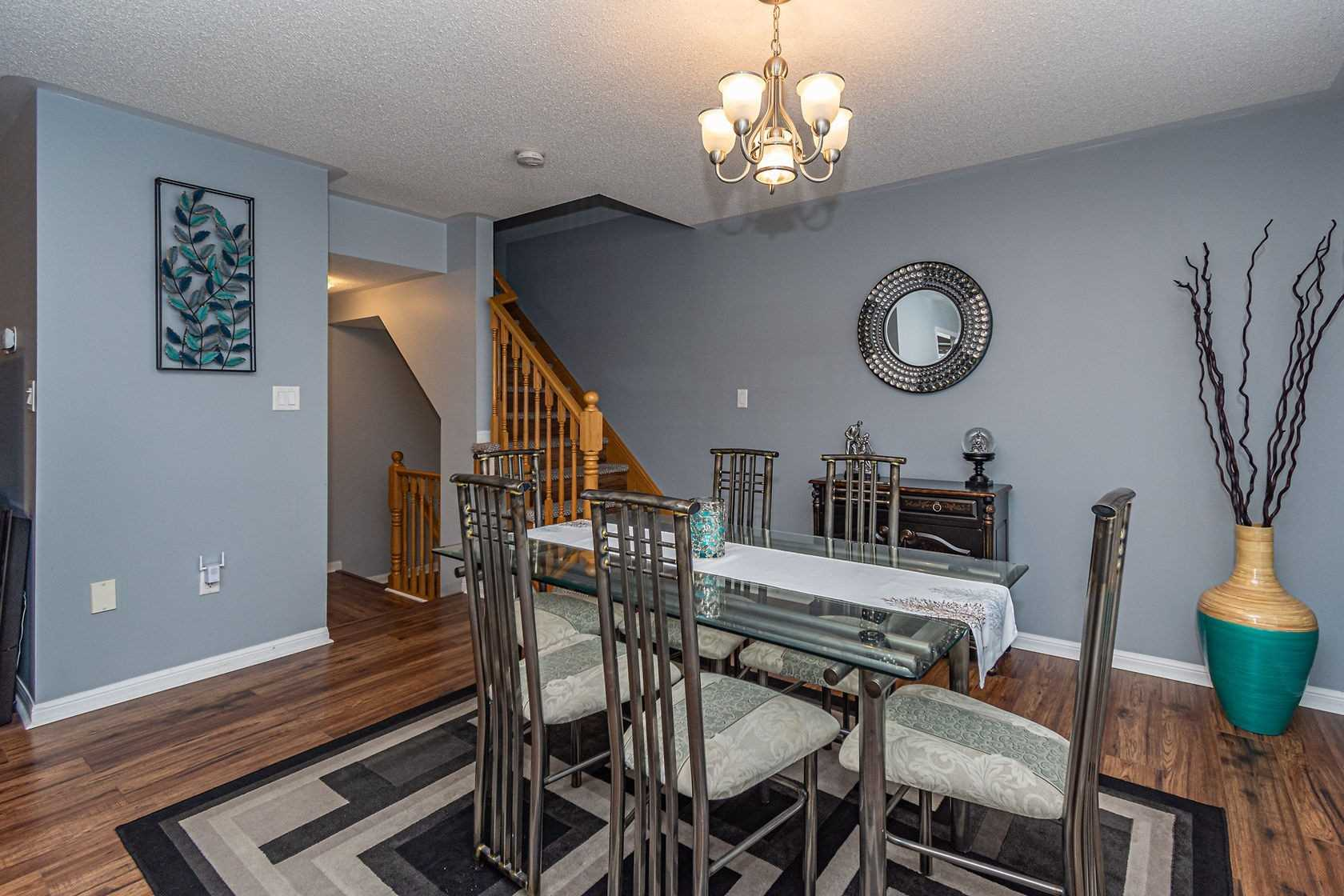 Image 4 of 20 showing inside of 3 Bedroom Att/Row/Twnhouse 3-Storey house for sale at 912 Ambroise Cres, Milton L9T0M2