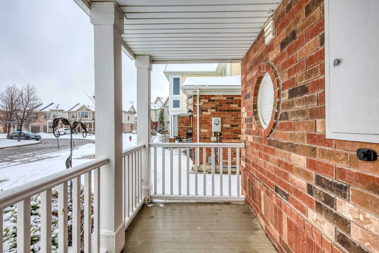 Image 12 of 20 showing inside of 3 Bedroom Att/Row/Twnhouse 2-Storey house for sale at 682 Edwards Ave, Milton L9T6B3