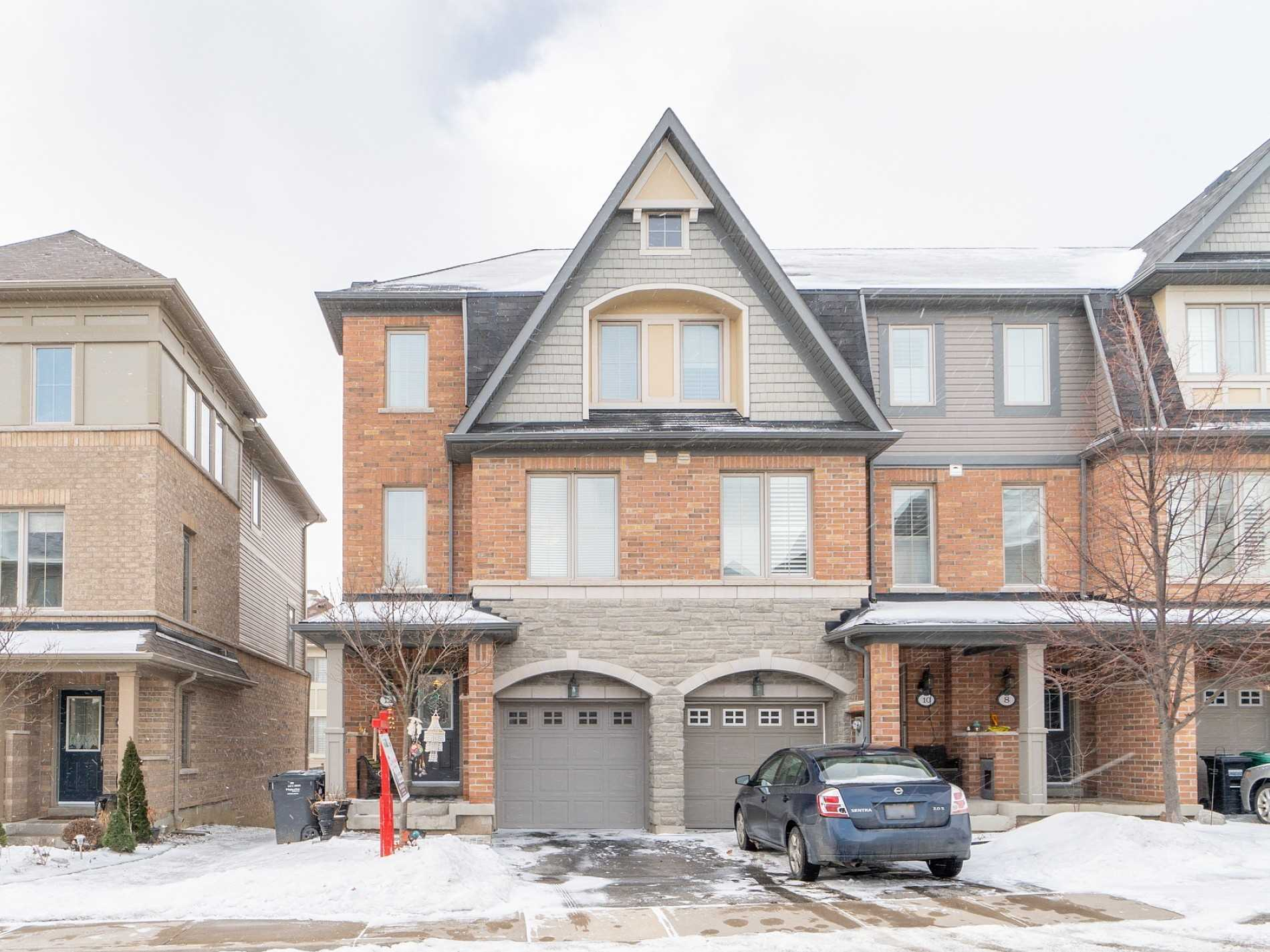 pictures of 12 Bakewell St, Brampton L6Y0P9