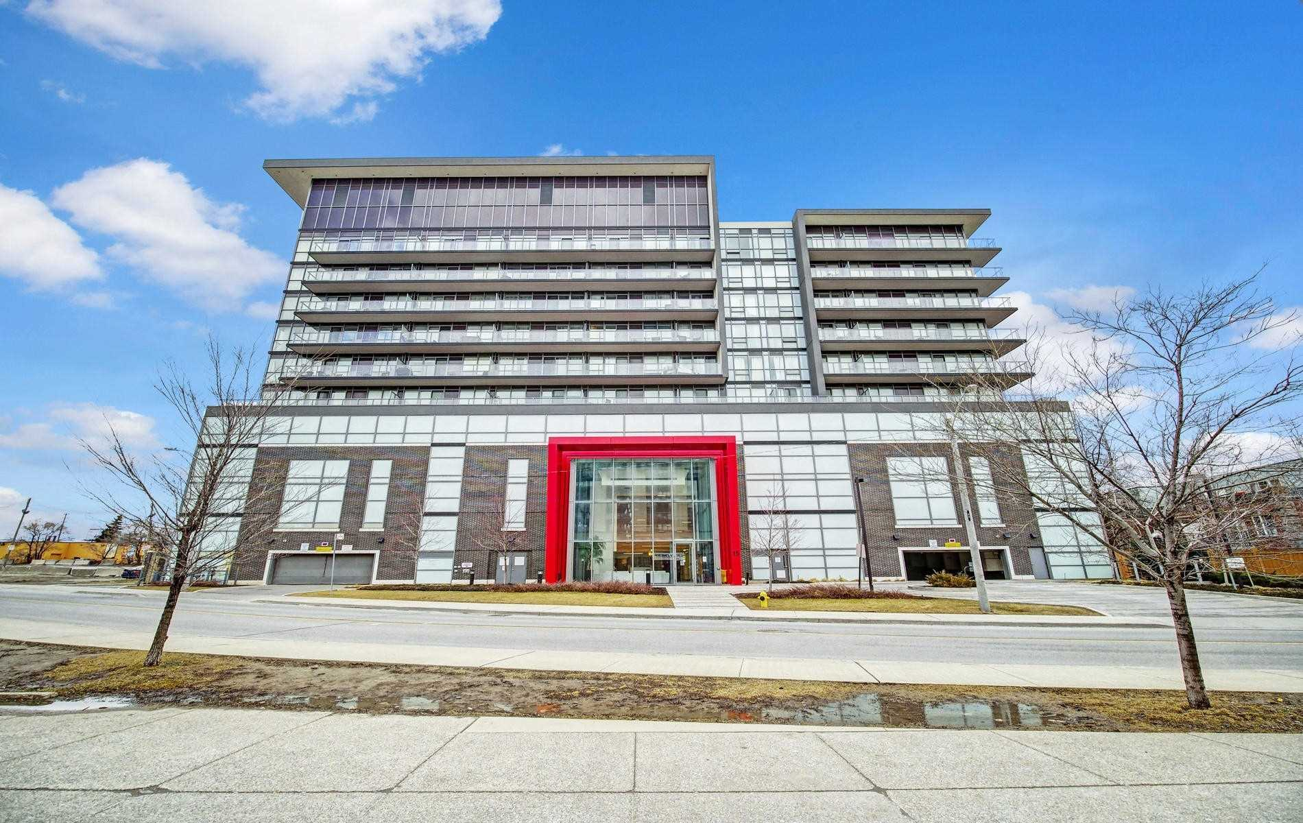 pictures of 15 James Finlay Way, Toronto M3M0B3