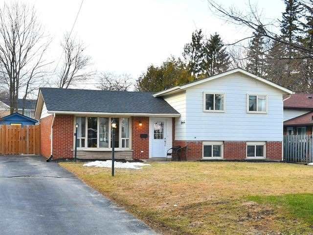 pictures of house for sale MLS: W4722435 located at 86 Town Line, Orangeville L9W1V8
