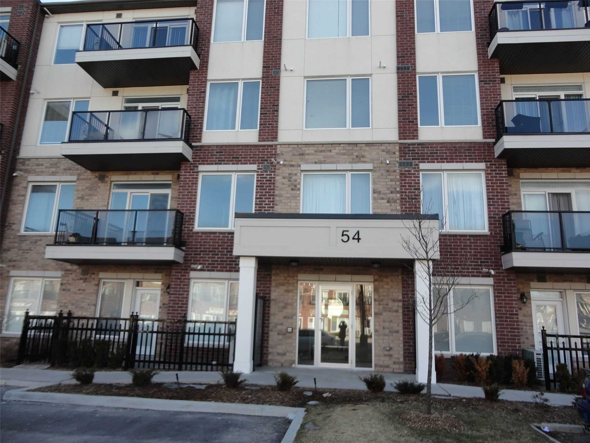 pictures of 54 Sky Harbour Dr, Brampton L7A0A1