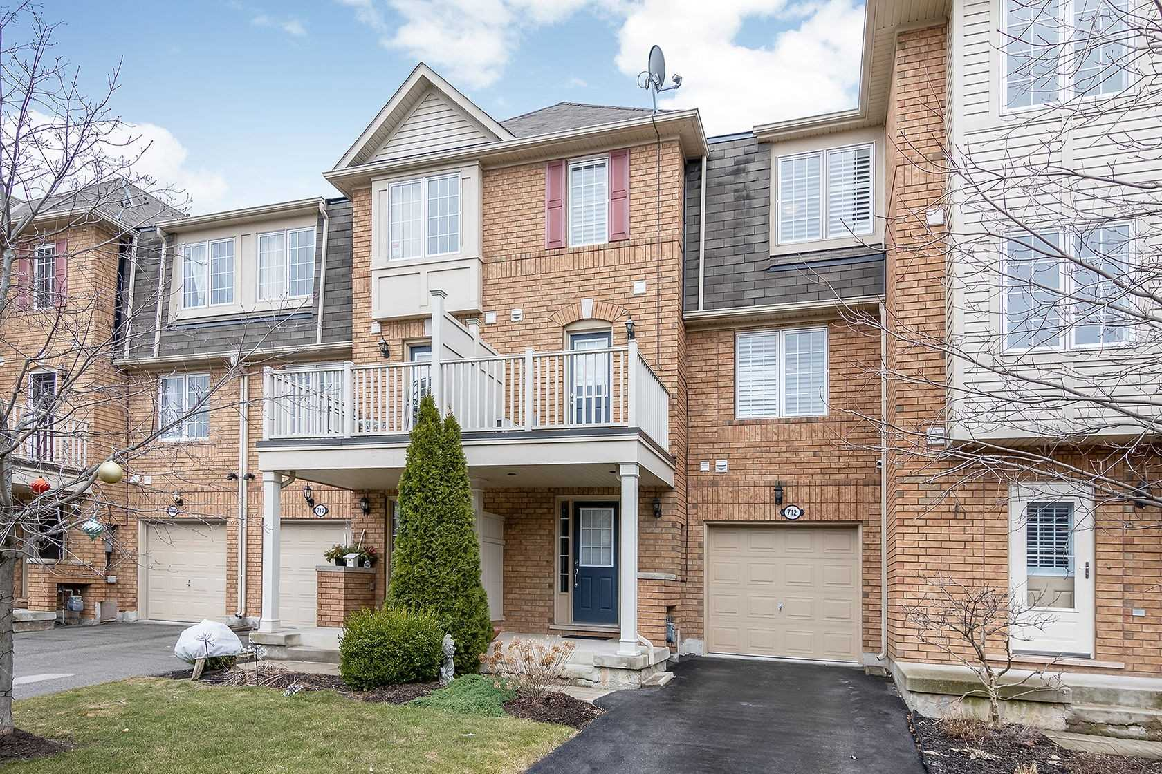 pictures of house for sale MLS: W4727926 located at 712 Shortreed Cres, Milton L9T0E9