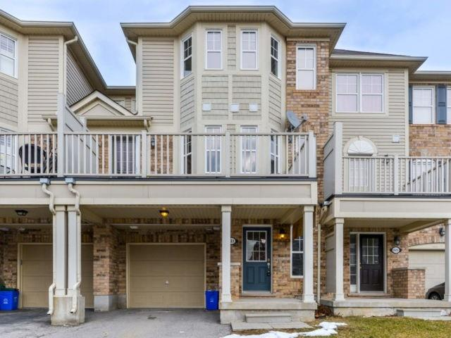 pictures of house for sale MLS: W4730587 located at 623 Marks St, Milton L9T0P9