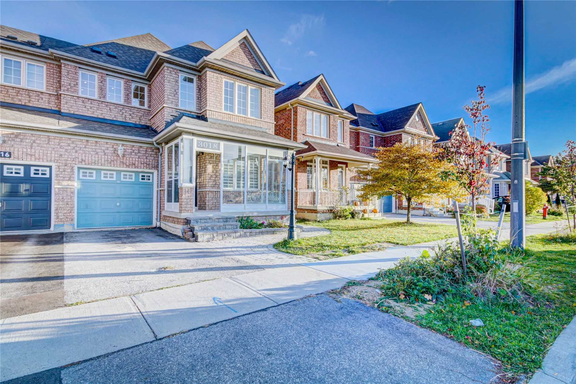 pictures of 3018 Workman-Basement Dr, Mississauga L5M6J9