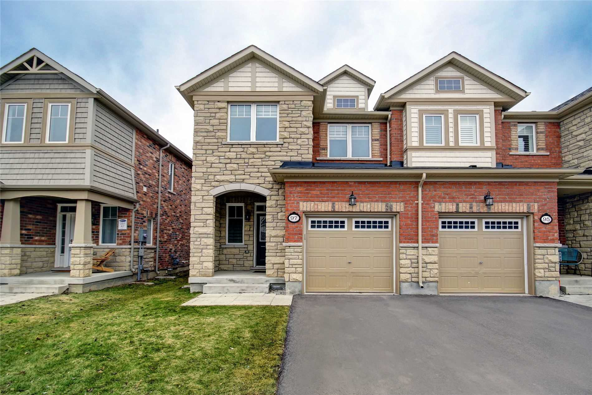 pictures of house for sale MLS: W4731694 located at 97 Abigail Cres, Caledon L7C4C7