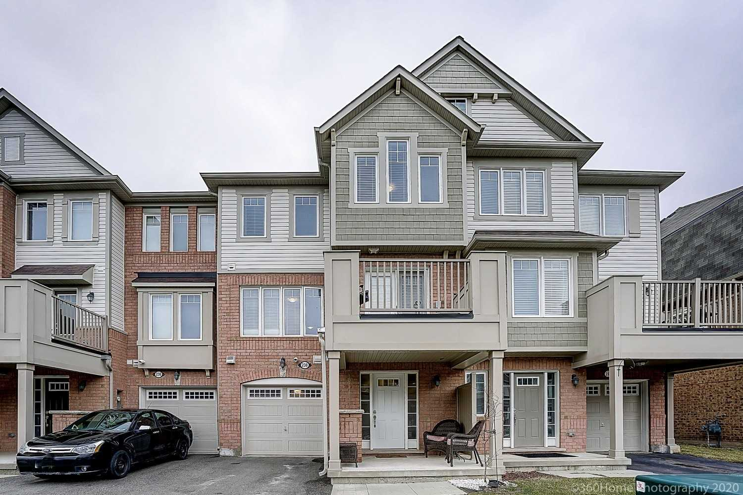 pictures of house for sale MLS: W4736213 located at 238 Mortimer Cres, Milton L9T8N8