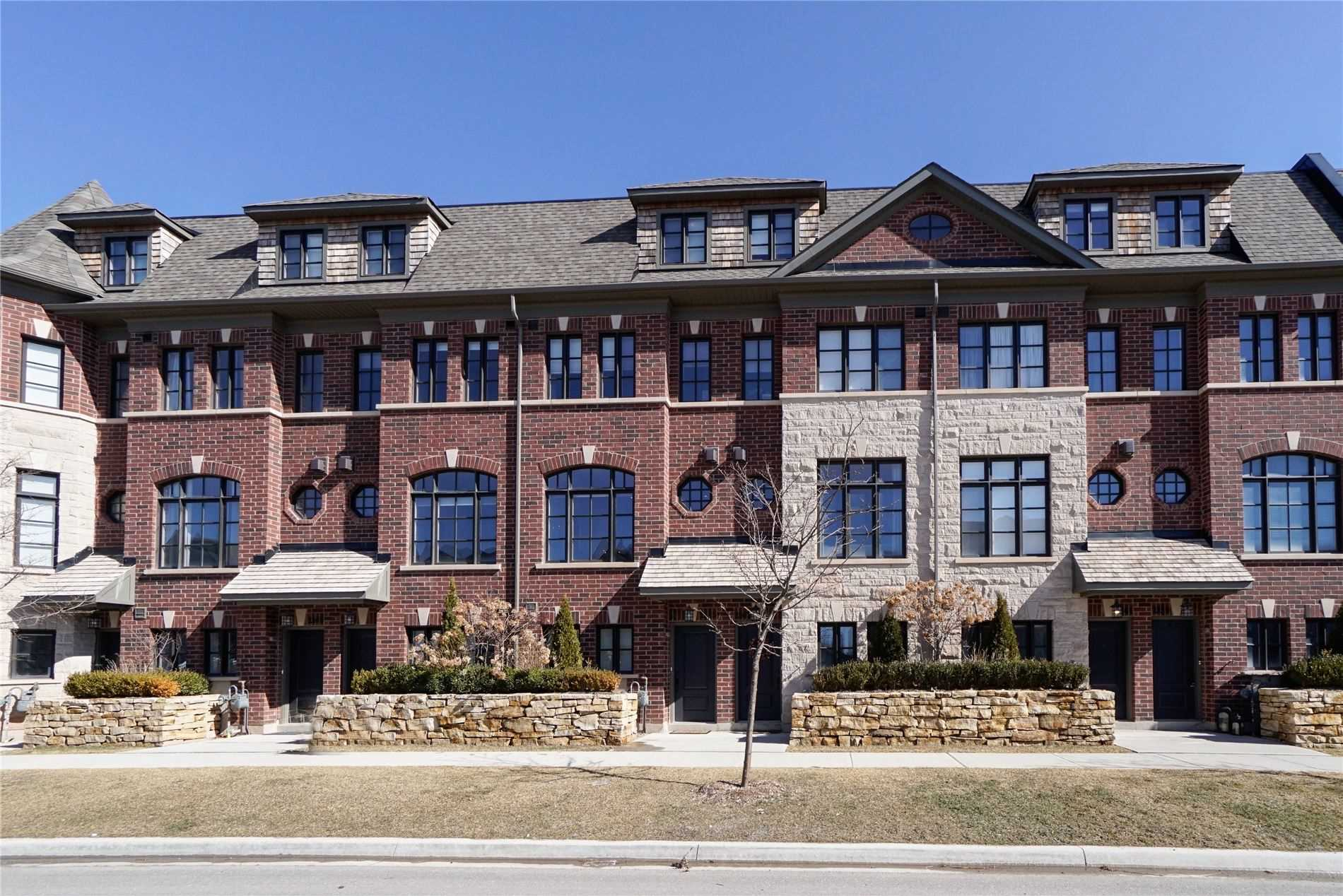 pictures of house for sale MLS: W4736921 located at 2165 Lillykin St, Oakville L6H7H2