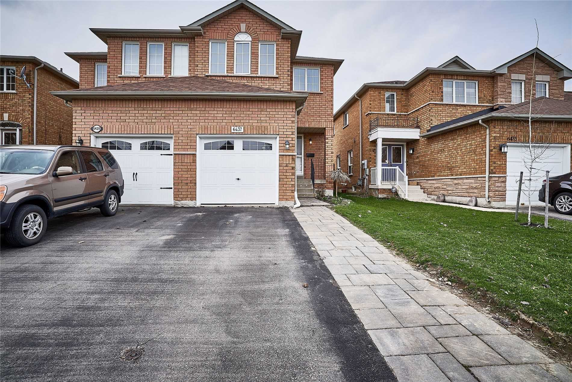pictures of house for sale MLS: W4743912 located at 6437 Saratoga Way, Mississauga L5N7V7