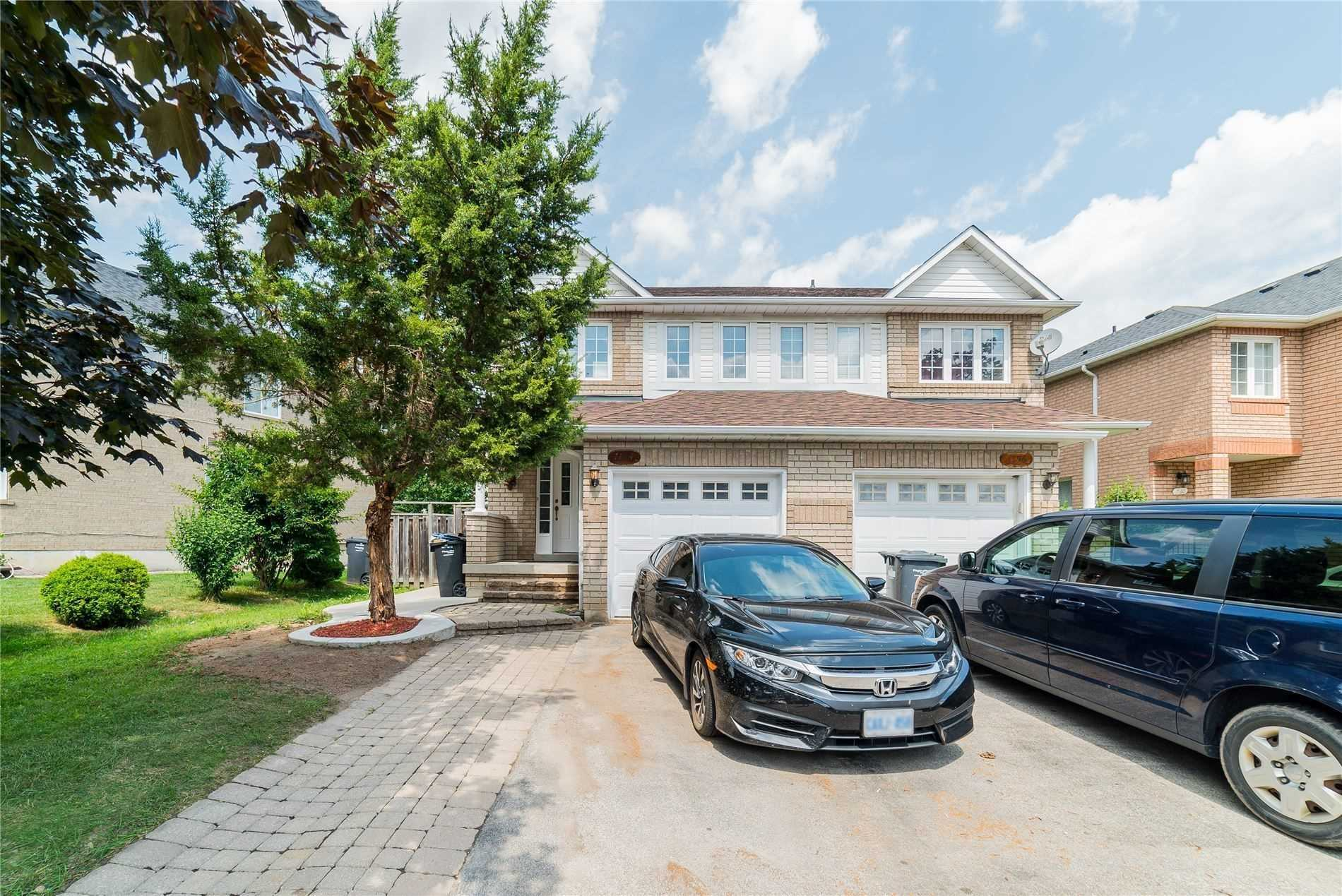 pictures of 7154 Waldorf Way, Mississauga L5N7R3