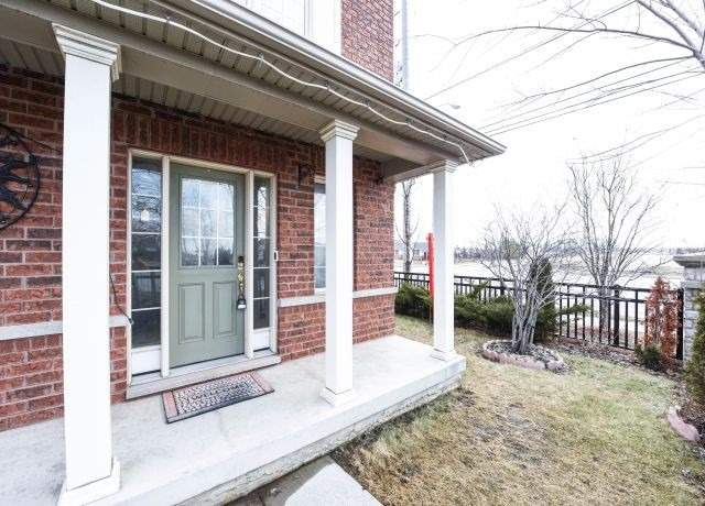 pictures of house for sale MLS: W4769988 located at 12 Tilden Rd, Brampton L6R0W5