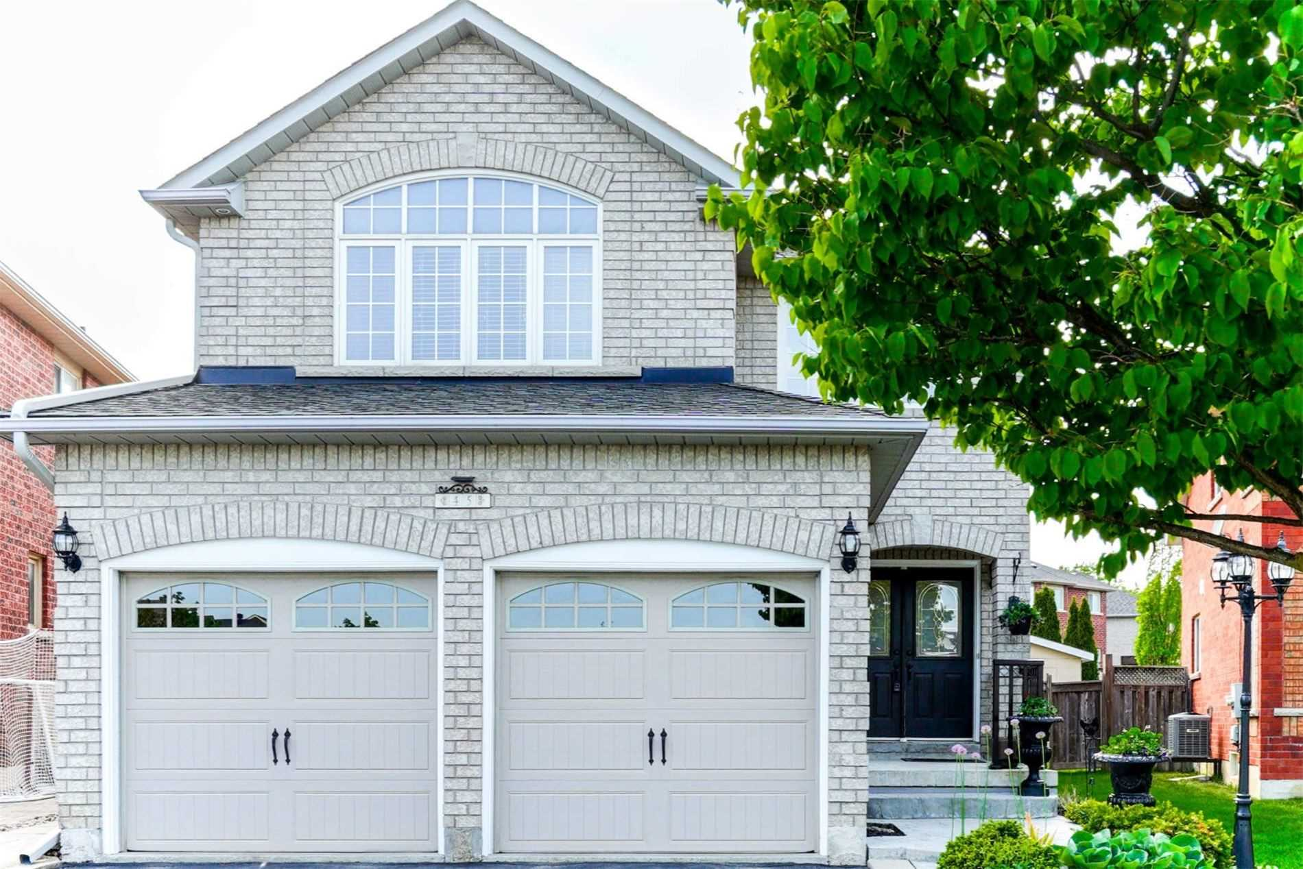 pictures of house for sale MLS: W4771779 located at 45 Terrastone Crt, Caledon L7E2G7