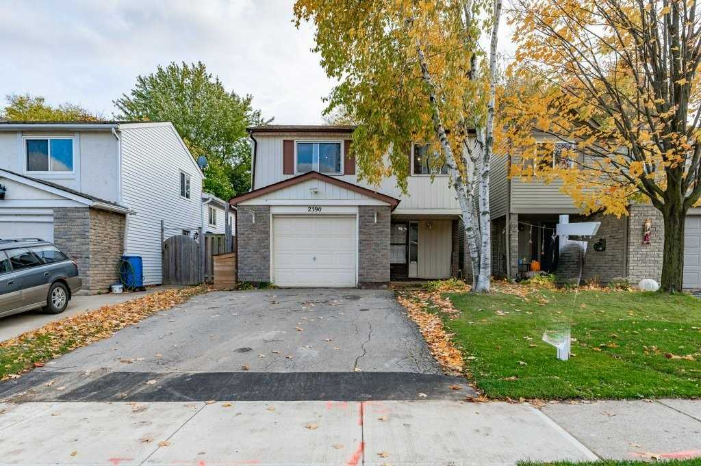 pictures of house for sale MLS: W5055740 located at 2390 Coldstream Dr, Burlington L7P3Z9