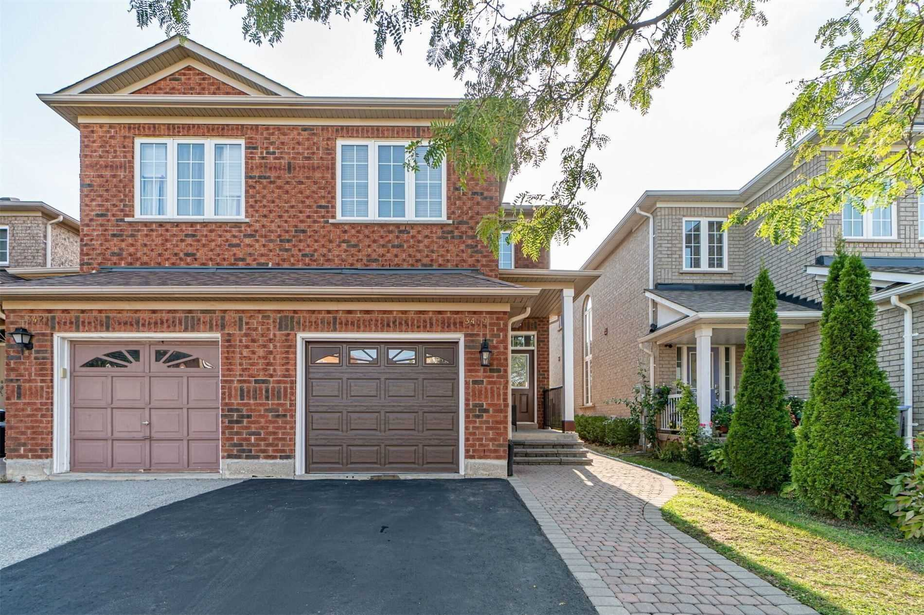 pictures of 3419 Fountain Park Ave, Mississauga L5M7E4