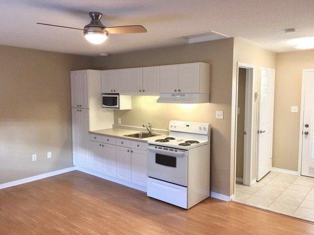 pictures of 247 Roxton Rd, Oakville L6H7K3
