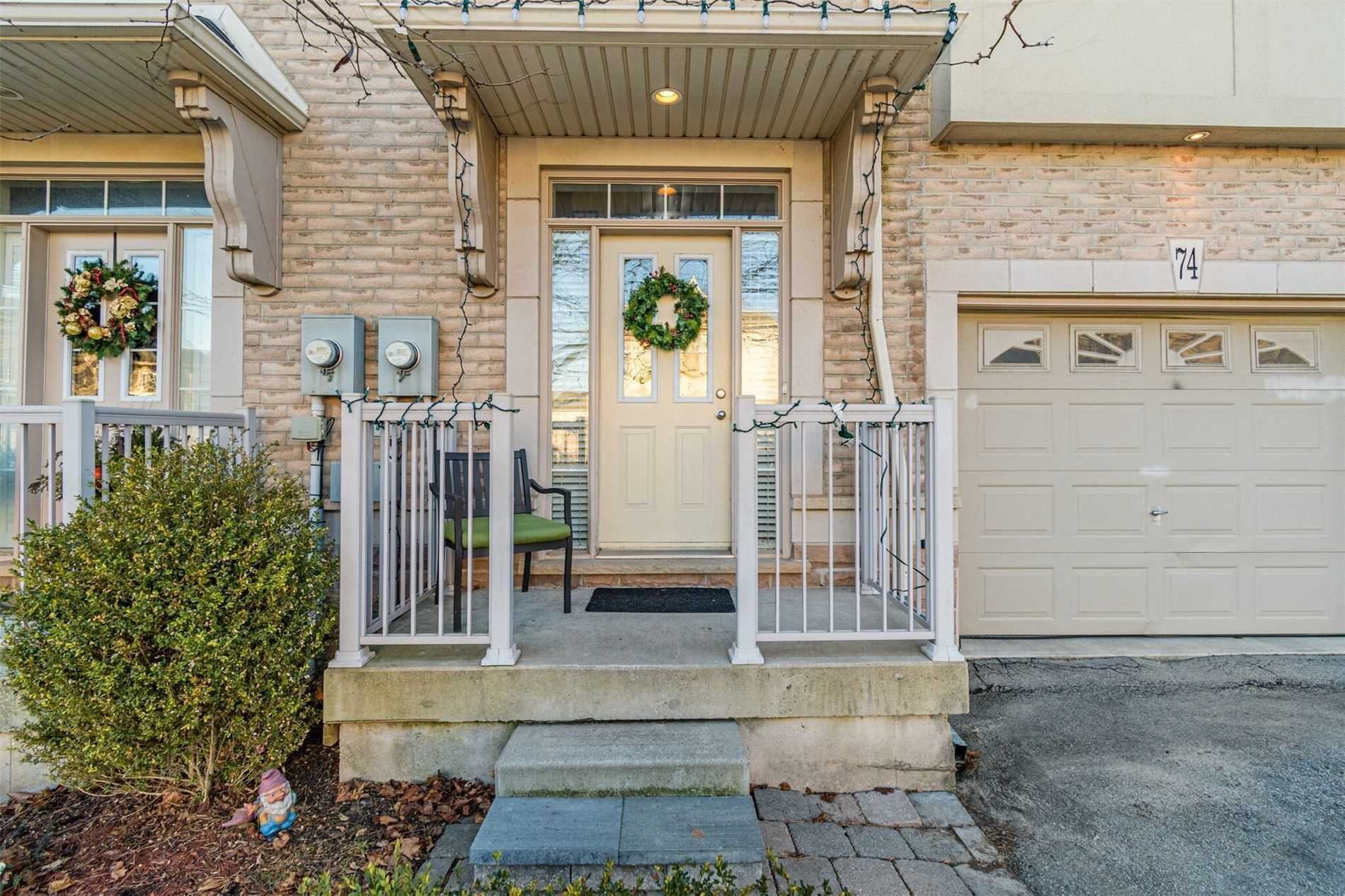 pictures of house for sale MLS: W5082769 located at 5080 Fairview St, Burlington L7L7G2