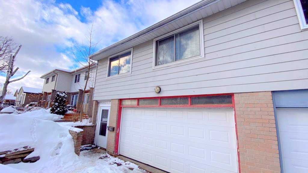 pictures of house for sale MLS: W5084200 located at 115 Burbank Cres, Orangeville L9W3H7