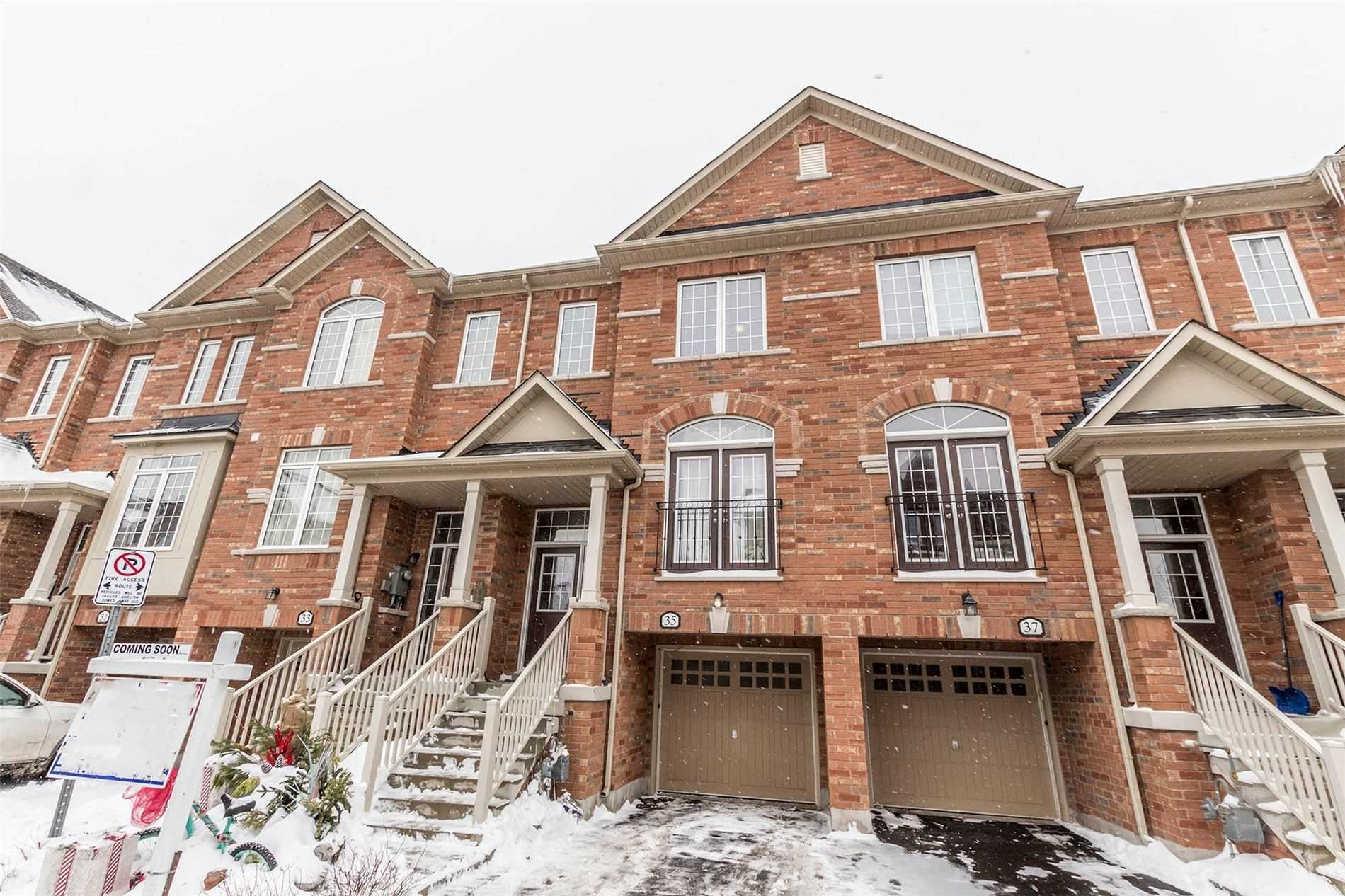 pictures of house for sale MLS: W5123558 located at 35 Promenade Tr, Halton Hills L7G0G8
