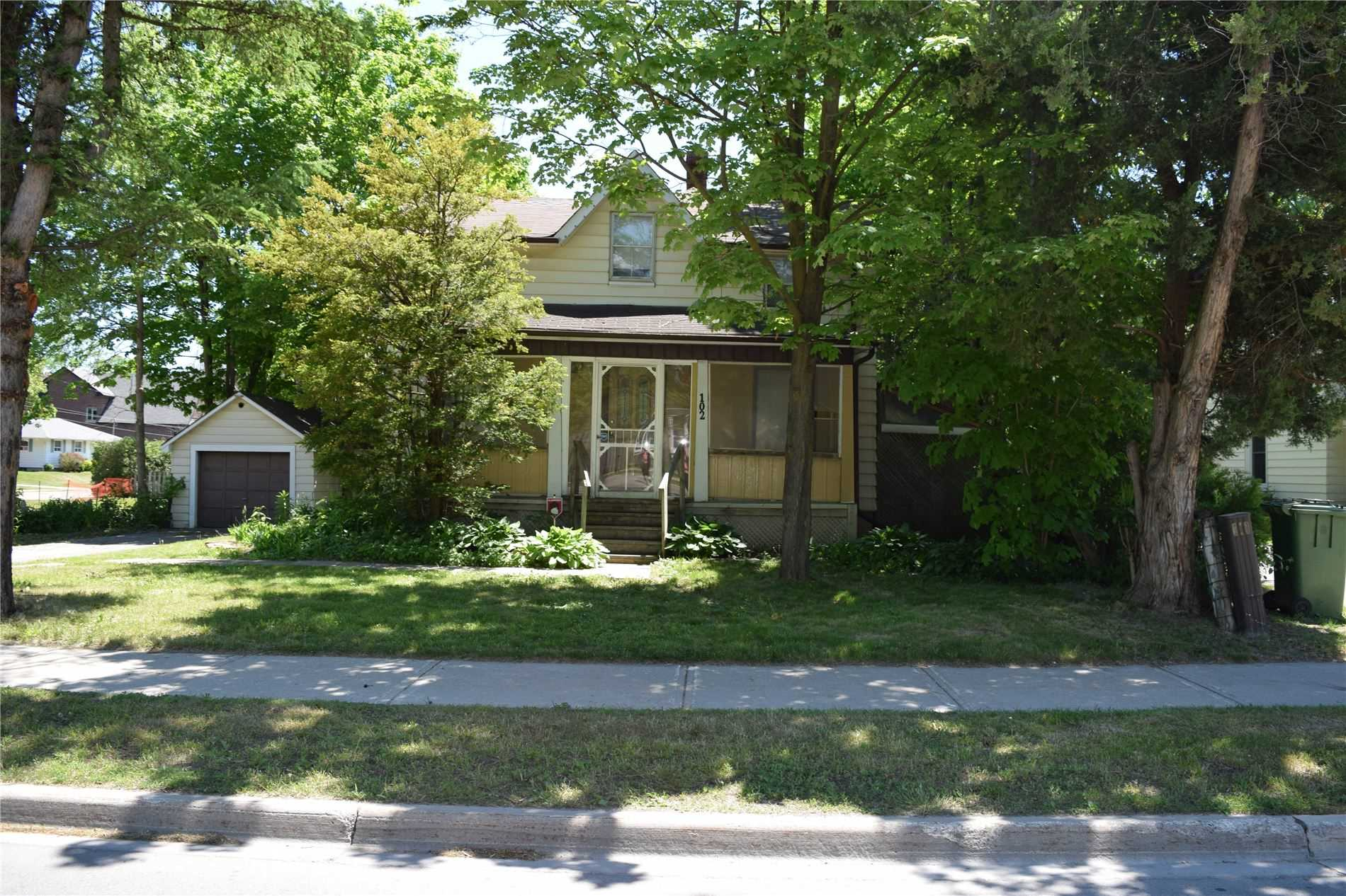 pictures of 102 King St, Caledon L7E3G2