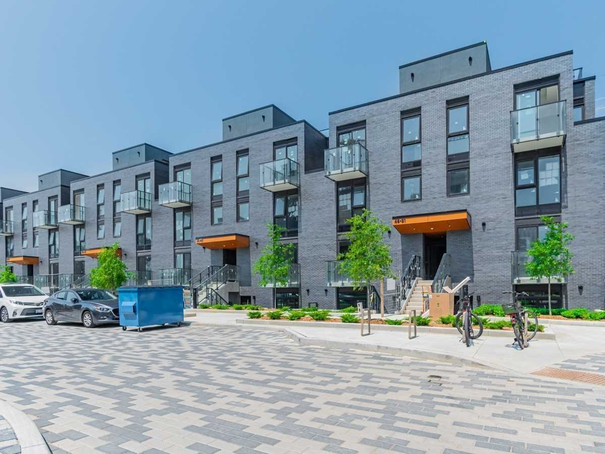 pictures of 10 Brin  Dr, Toronto M8X0B2