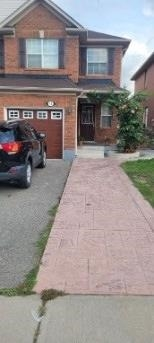 pictures of 12 Murphy Rd, Brampton L6S6L2