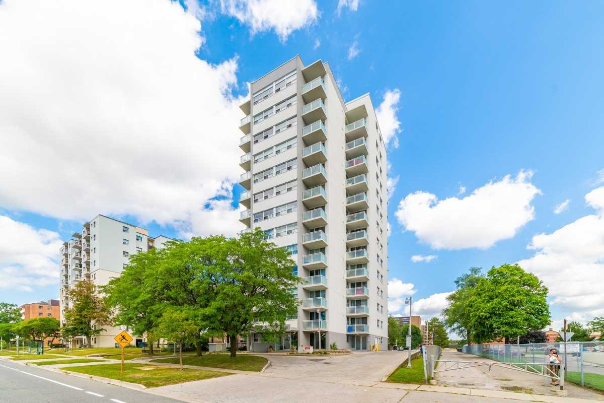 pictures of 2345 Confederation Pkwy, Mississauga L5B2H3