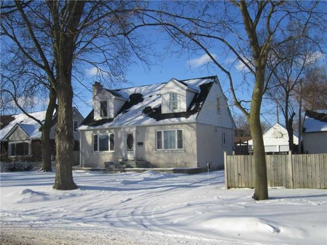 pictures of 78 Price Ave, Welland L3C3Y2