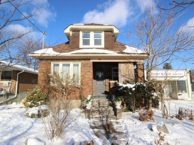 pictures of 103 Carlton St, St. Catharines L2R1R2