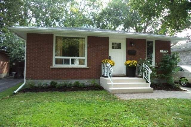 pictures of 3273 Addison Ave, Niagara Falls L2J3K6