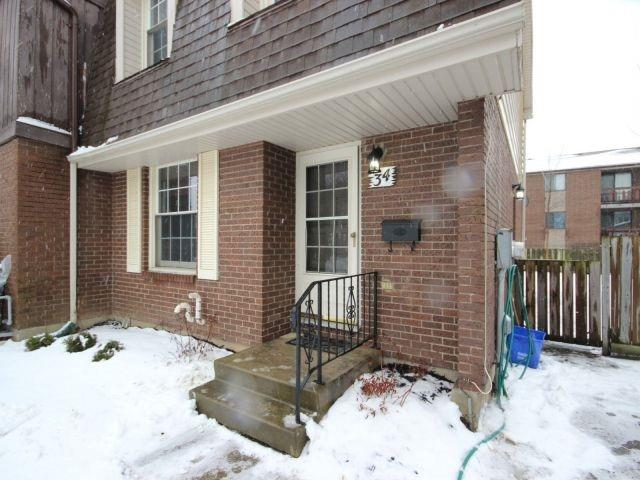 pictures of 34 Dougherty Cres, Welland L3C6A1
