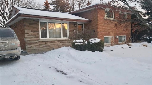 pictures of 23 Foxglove Ave, St. Catharines L2M3E7