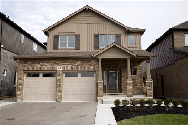 pictures of 54 Silverwood Ave, Welland L3C 0B7