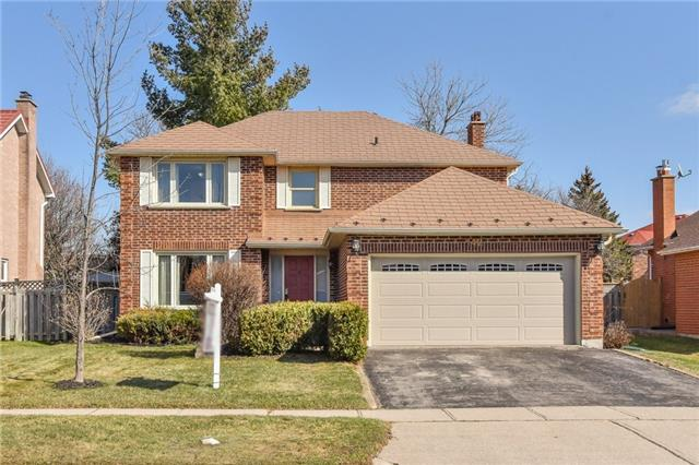pictures of 142 Bayne Cres, Cambridge N1T 1K4