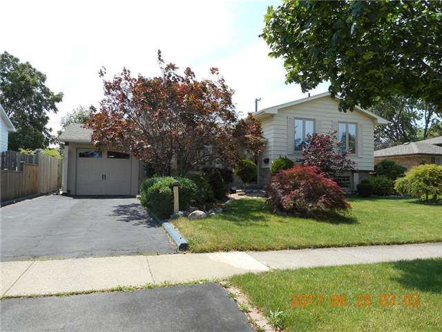 pictures of 54 Northgate Dr, Welland L3C 5Y4