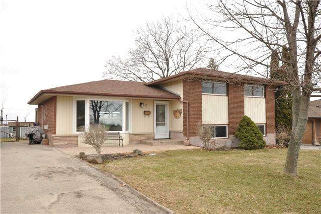 pictures of 82 Cline Mountain Rd, Grimsby L3M 4B6