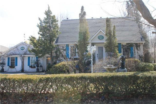 pictures of 1879 Lakeshore Rd, Niagara-on-the-Lake L0S1J0