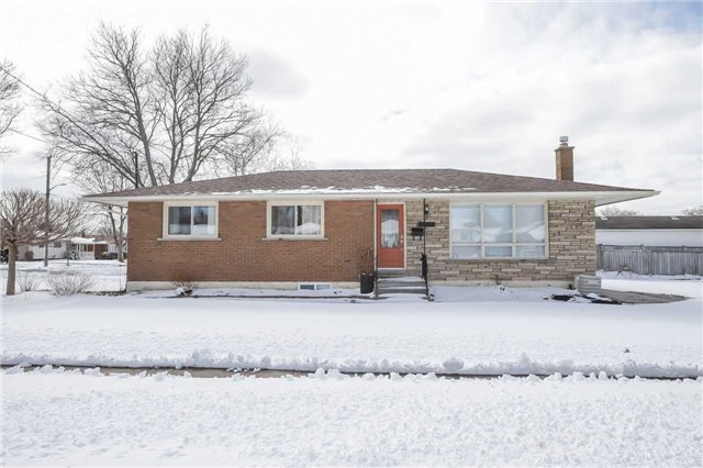 pictures of 7021 Whitman Ave, Niagara Falls L2G 5B7