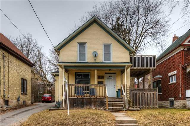 pictures of 32 Whitney Pl, Kitchener N2G 2X5