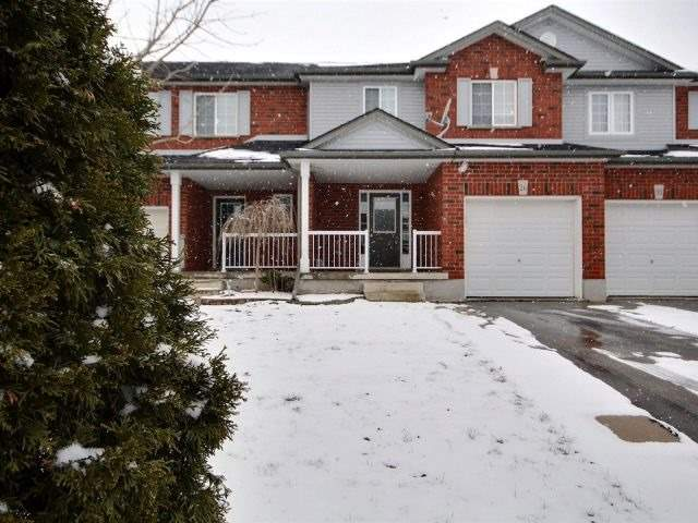 pictures of 26 Stillwater St, Woolwich N3B3M1
