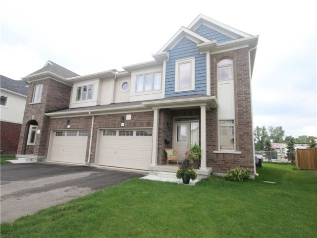 pictures of 64 Dominion Cres, Niagara-on-the-Lake L0S1J1