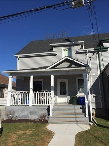 pictures of 26 Taylor Ave, St. Catharines L2R 6H2