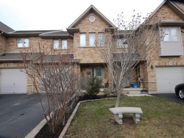 pictures of 10 Elderberry Ave, Grimsby L3M5M9